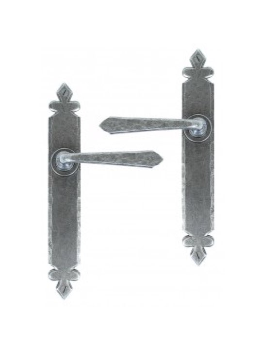 Cromwell Lever Latch Set