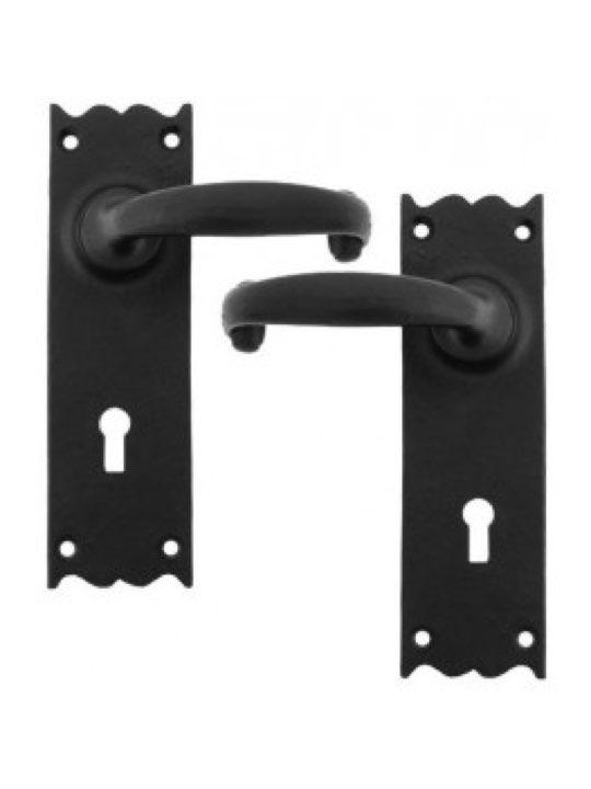 Cottage Lever Lock Set