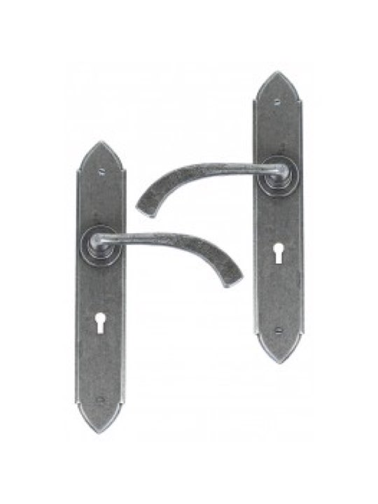 Gothic Curved Sprung Lever Lock Set